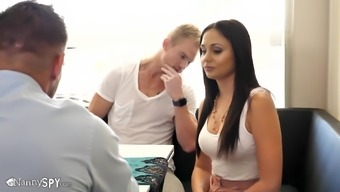 Hot Ariana Marie Seduced At The Restaurant And Taken For A Screw