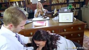 Dean Rebecca More Watches On As Emma Leigh Sucking Danny D'S Schlong