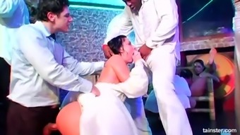 Jenny Lee Joins A Bunch Of Horny Friends For An Orgy At A Wedding