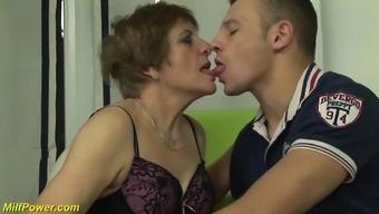 Extreme Horny Hairy German Grandma Enjoys Her First Porno Video Shooting