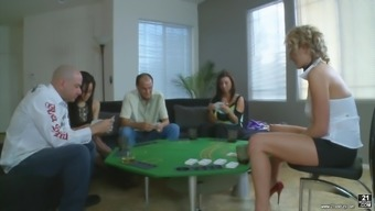 Zoey Holloway Has A Great Time While Being A Part Of An Orgy