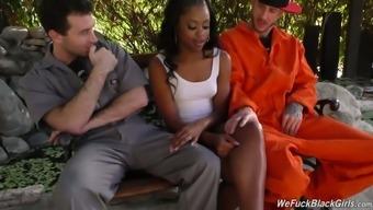 Slutty Ebony Chick Amilian Kush Gets Intimate With Two White Dudes