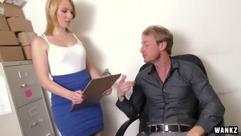 Blond College Beauty Trillium Screws For Job
