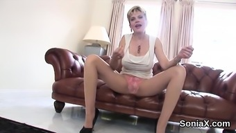 Adulterous English Mature Lady Sonia Shows Her Oversized Mel