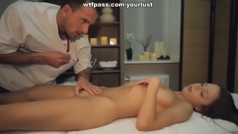 Seductive Brunette Teen Gets Her Pussy Fucked After Relaxing Massage Session