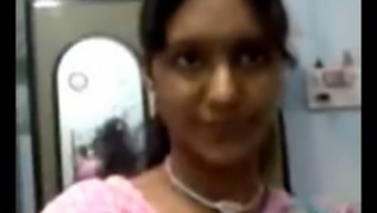 Sexy North Indian Aunty Boobs