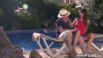 Svelte Nympho Jenny Smart Is Totally Into Sucking Delicious Cock Near The Pool