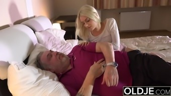 Skinny Teen Sucks The Cock Of Old Man, Then She Swallows Cum