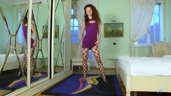 Curly Leggy Nympho Goes Solo As Wet Pussy Of Anee Ocean Needs Some Teasing