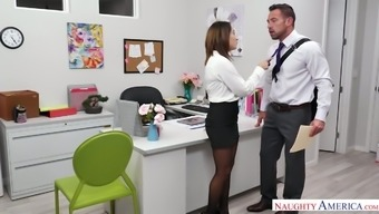 Johnny Castle Fucks Insatiable Co-Worker Isabella Nice In Front Of Web Camera