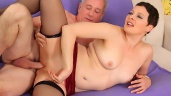 Mature Kali Karinena Rides Stiff Dick