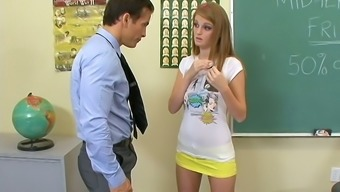 Having Used Too Much Makeup Coed Chick Faye Reagan Gets Nailed By Her Prof