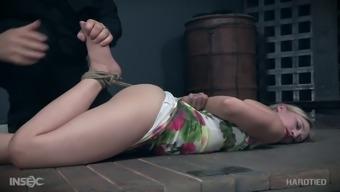 Submissive Pale Slender Nympho Riley Reyes Gets Teased Wtih A Dildo
