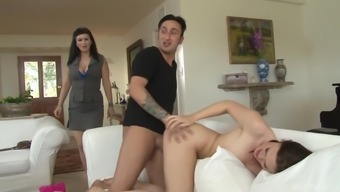 Carrie Ann And Jodie Taylor Finally Get To Share A Hard Dick