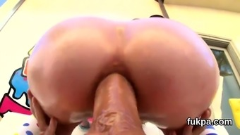 Breathtaking Model Pops Out Huge Bum And Gets Anal Plowed