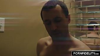Pornfidelity – Olivia Austin Pounded Hard By James Deen