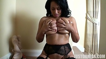 Solo Mature Danica Collins Takes Off Her Panties To Pleasure Her Cunt