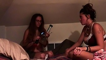 Webcams Teen Lesbian