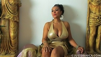 Amateur Milf Danica Collins Spreads Her Legs To Tease The Camera