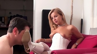 Erotic Diva Dominate Her Boot Servant