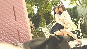 Susuke Susaki Squirting Squirting Cum Heavy Lesbian Lifting