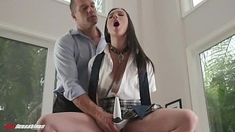 Wild Fucking On The Sofa With Submissive Girlfriend Jazmin Luv