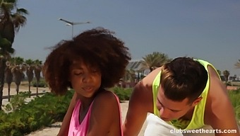 Lovely Black Chick Loves Nothing More Than Getting Banged Outdoors
