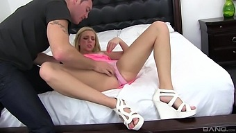 Busty Alexis Fawx Sharing A Delicious Dick With Tiffany Watson