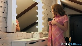 Sofi Goldfinger In First Courtesan Session