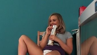Blondie Feels Like Putting Her Hands On The Cock