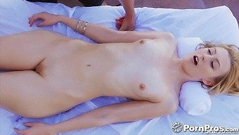 A Nice Massage Turns Into Something Special And Alexa Grace Loves Dick