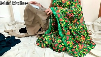 Devar Fucking Hard To Her Sister In Law For Help Her Hindi