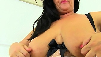 Chunky Milf Candy Craves An Orgasm