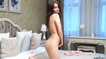 Home Alone Chick Pinky Breeze Drops Her Panties And Plays With Her Pussy