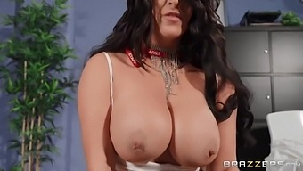 Moans With Delight While Getting Fu With Victoria Summers And Danny D