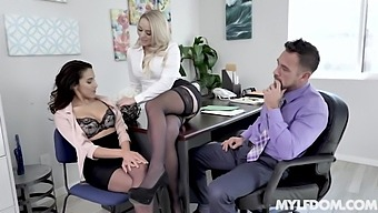 Wondrous Office Nympho Alexis Monroe Is Quite Happy To Be Fucked