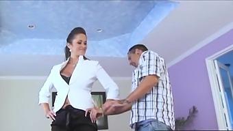 Carmella Bing Cheating Wife Fucks To Sell Home