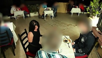 Extremely Risky! Non-Stop Creampie In The Restaurant!