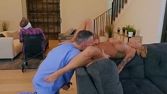 Massive Ass Milf Joslyn James Enjoys Having Hardcore Sex. Hd