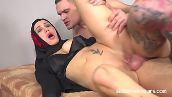 Max Dior & Nicole Love In He Caught Her Watching Arab Porn - Porncz