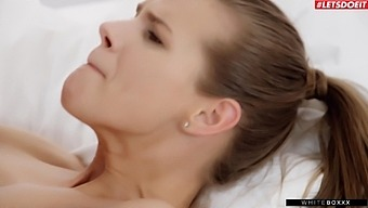 Sweet Chick Sarah Kay In High Heels Gets Fucked Good On The Bed