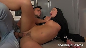 Angelo Godshack & Vinna Reed In Sexy Surprise For Muslim Wife - Porncz